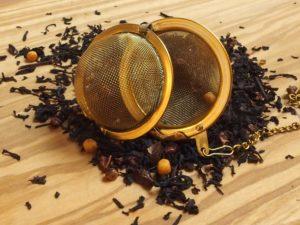 Denne dejlige te er en af vore mest populære teer. Teen indeholdernaturlig rosen peber, chili, chokolade og kakao og gør teen fyldig med en dejlig sødme.