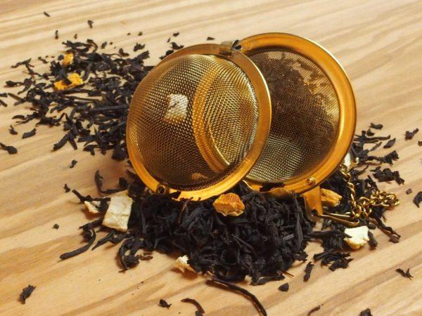 Denne sorte te er tilsat naturlig orangeskal som giver en en velsmagende kombination af let syrlighed og sødme..