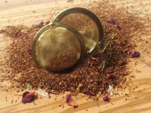 Rooibos urte te fra Sydafrika. Spændende teblanding med fløde, vanilie og rabarber. Let sødlig