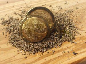 Tørret baldrian rod. Et alternativ til baldrina rod i pille form. Efterspørges af folk med søvnproblemer.