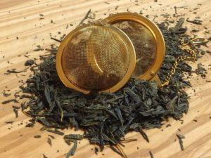 Klassisk japansk hverdags te der har en blød og sart smag, knap så græsset i smagen som en normal japansk te. Teen er rig på mineraler.