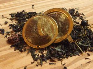 Oolong te fra Kina med dejlig frugtsmag. Blanding med skovbær, jordbær, solbær, hyldebær og ribs. Teen er fri for garvesyre.