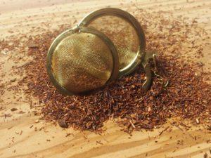Rooibos urte te fra Sydafrika. Blanding med naturlig vanille og vanillestykker.