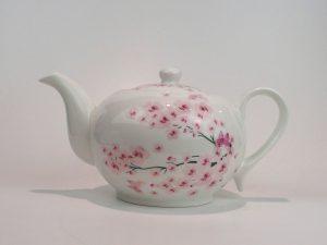 Porcelæns tekande 1,3 liter med motiv af kirsebær blomster.